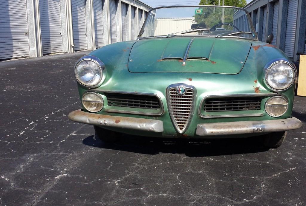 1961 Alfa Romeo touring spider