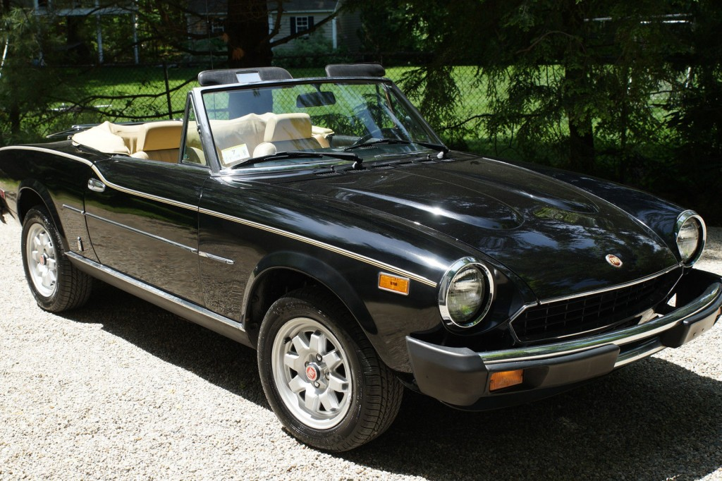 2000 Cars For Sale: 1982 Fiat Spider 2000 For Sale
