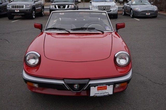 1987 Alfa Romeo Spider Veloce Roadster