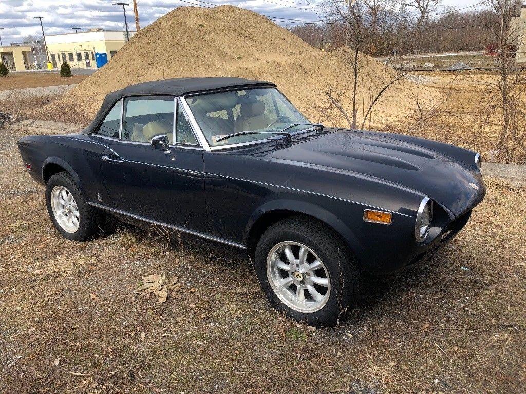 1978 Fiat 124 Spider – No body rot