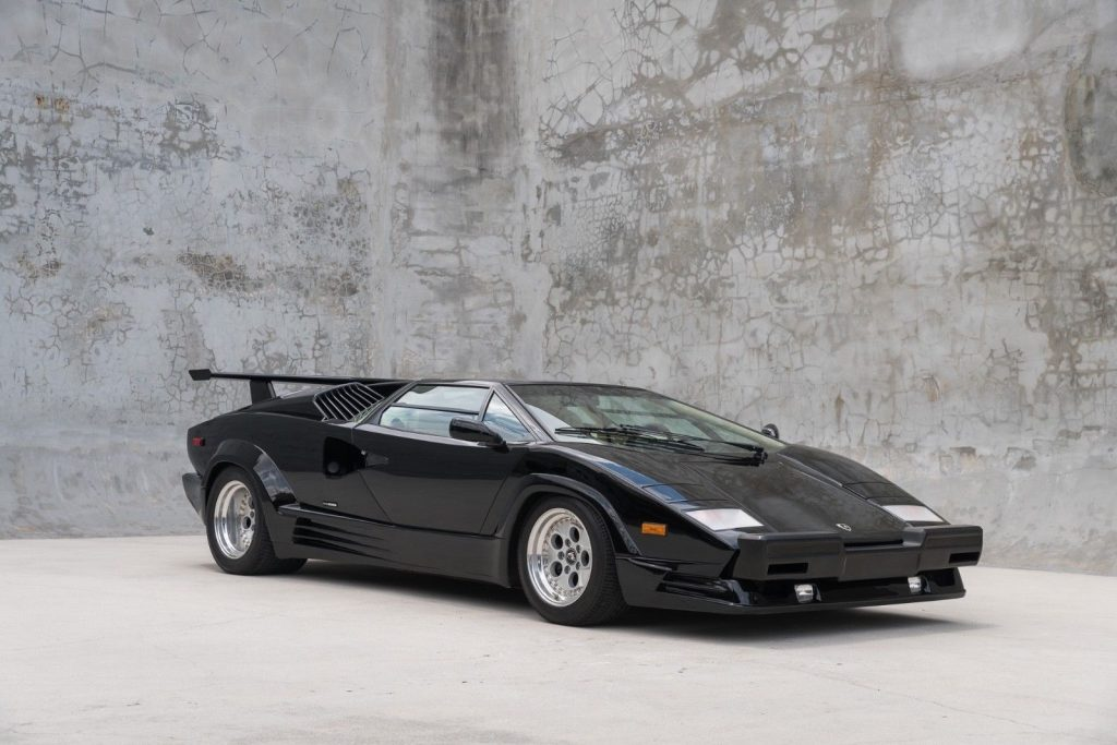 1989 Lamborghini Countach in very good condition