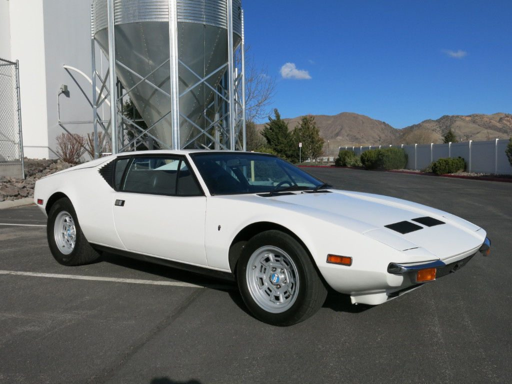 VERY ATTRACTIVE 1972 De Tomaso 2dr Coupe